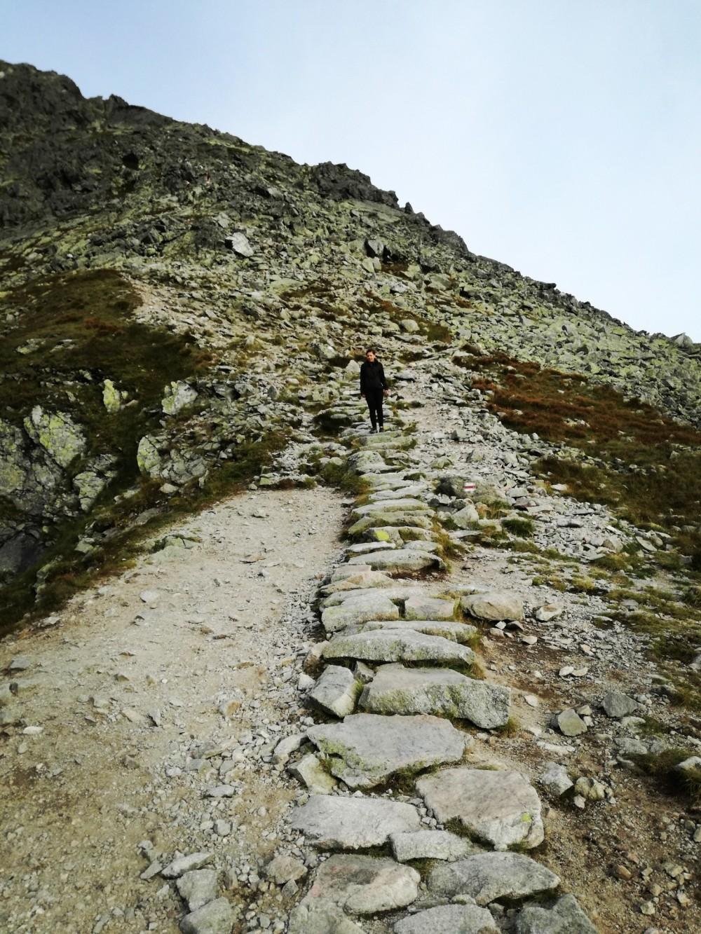 Zejście ze Świnicy w kierunku Świnickiej Przełęczy